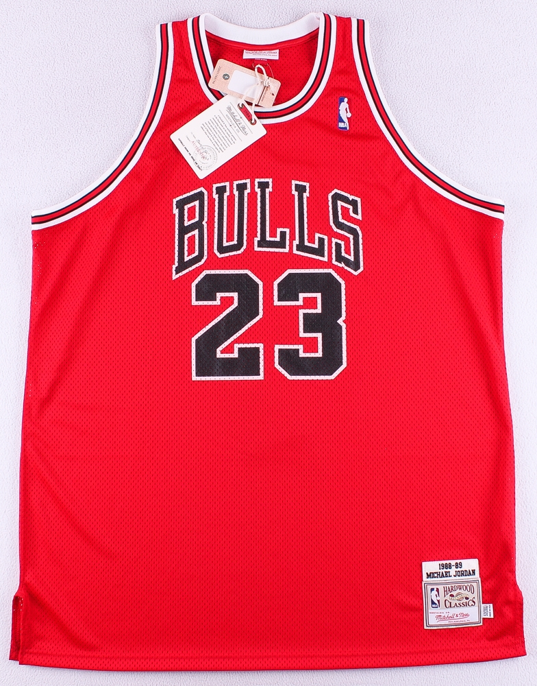 4193476b76cf51 Michael Jordan Signed Authentic 1988-89 Bulls Mitchell   Ness On-Court  Jersey (