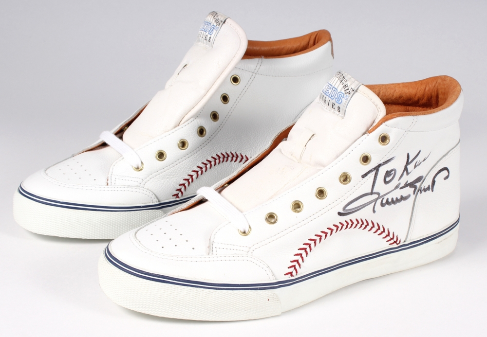 20ef06b60f6 Willie Mays Signed Keds