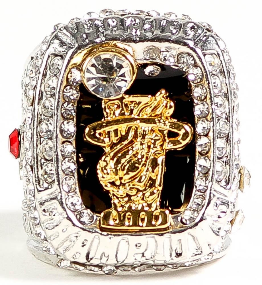 LeBron James Miami Heat 2012 Replica NBA Championship Ring ...