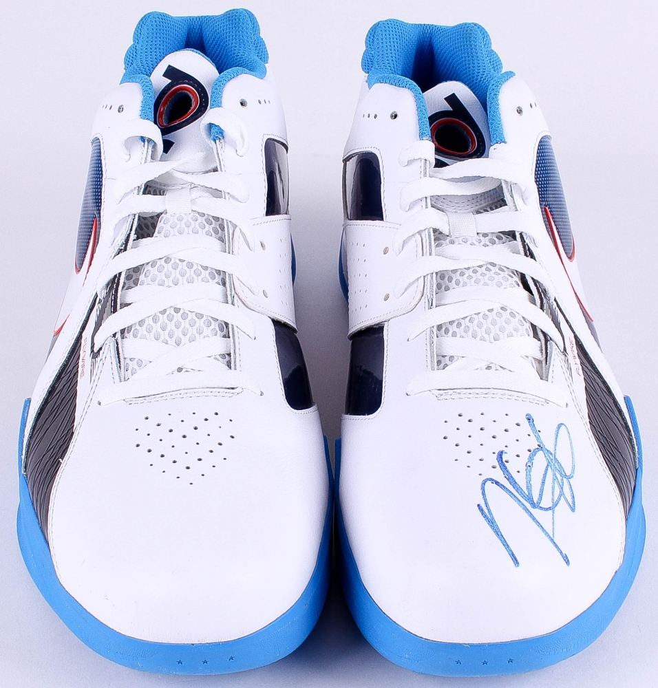 ff946388cacc Kevin Durant Signed Nike Zoom KD Flywire Basketball Shoes (PSA LOA) at  PristineAuction.