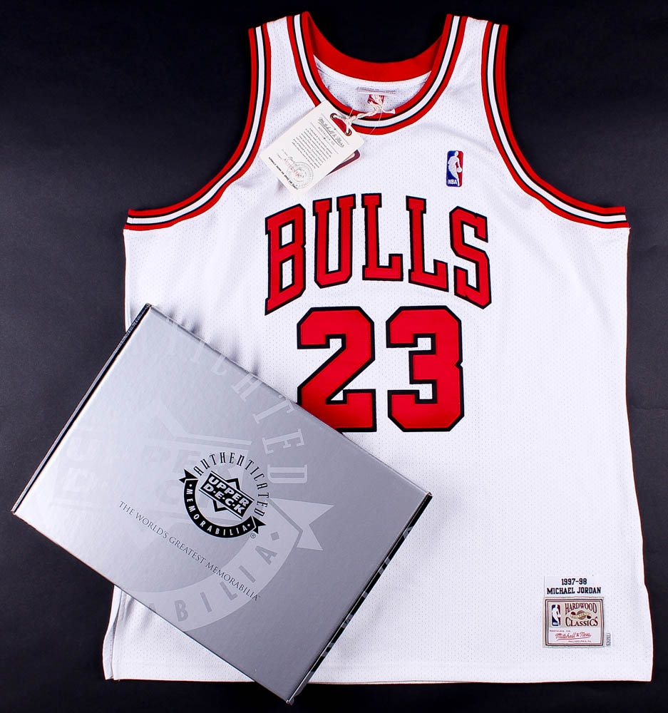 dd9349f70fc Michael Jordan Signed LE Mitchell   Ness Authentic Bulls Jersey With Hall  of Fame Patch Inscribed