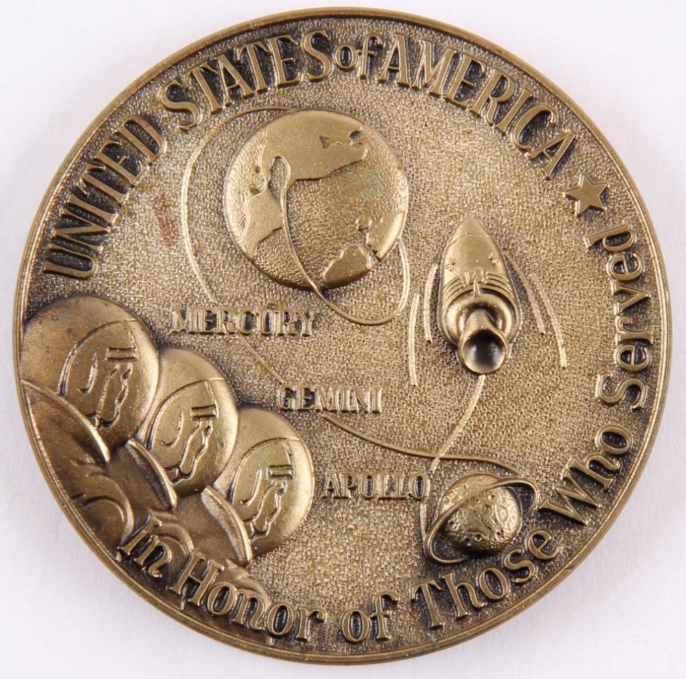 apollo xi commemorative token - photo #38