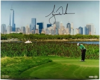 "Tiger Woods Signed ""NYC Skyline"" Limited Edition 16x20 Photo (UDA COA) at PristineAuction.com"