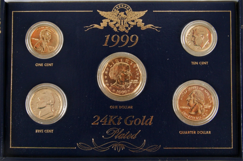 1999 24K Gold Plated Coin Set of (5) Coins with Display Case at PristineAuction & Online Sports Memorabilia Auction | Pristine Auction