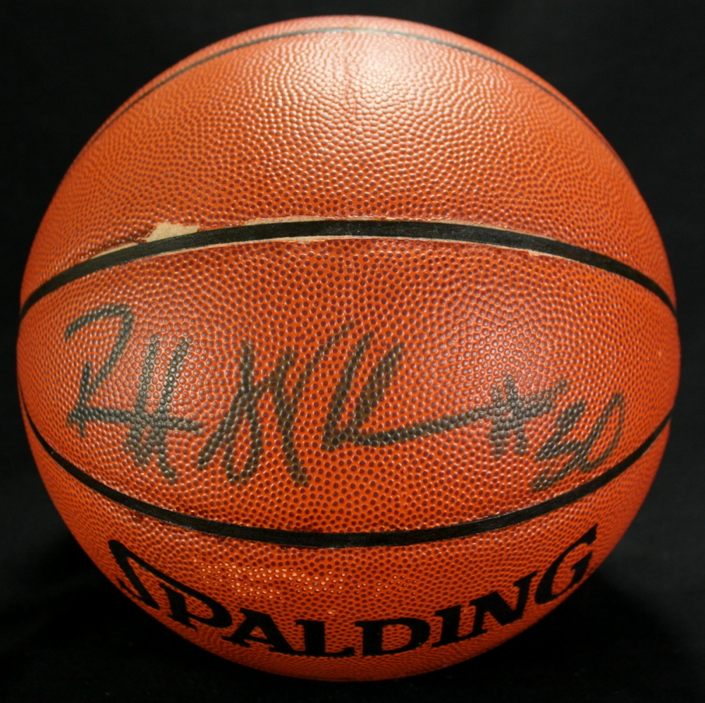 Blazers Basketball Reference: Online Sports Memorabilia Auction