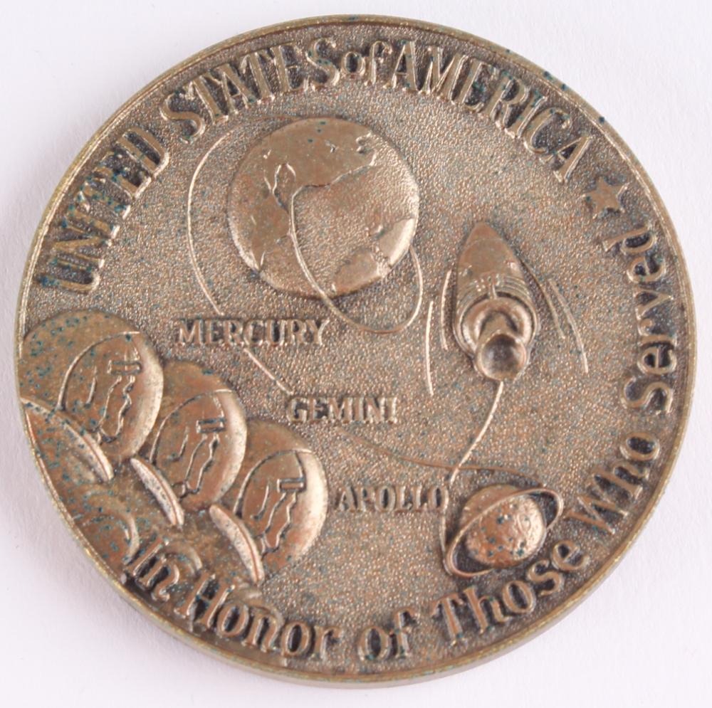 apollo 11 moon landing commemorative coin - photo #12