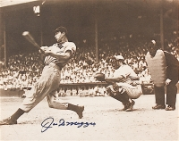 Joe DiMaggio Signed Yankees 11x14 Photo (JSA ALOA)