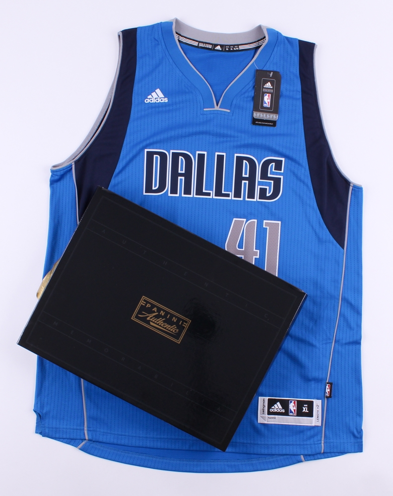 ... Dirk Nowitzki Signed LE Mavericks Adidas Swingman Jersey Inscribed ... 1e05738b4