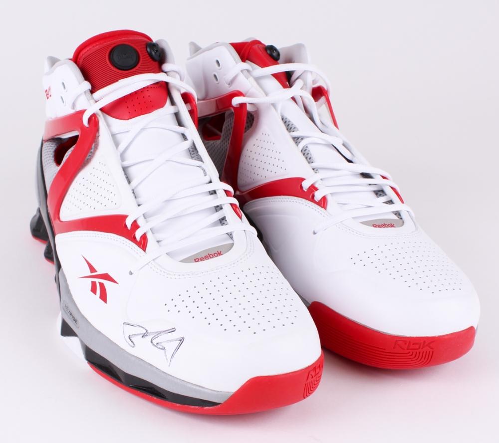 ... Yao Ming Signed Pair of (2) Reebok Yao HexRide Shoes (JSA ALOA) ... 3da950518