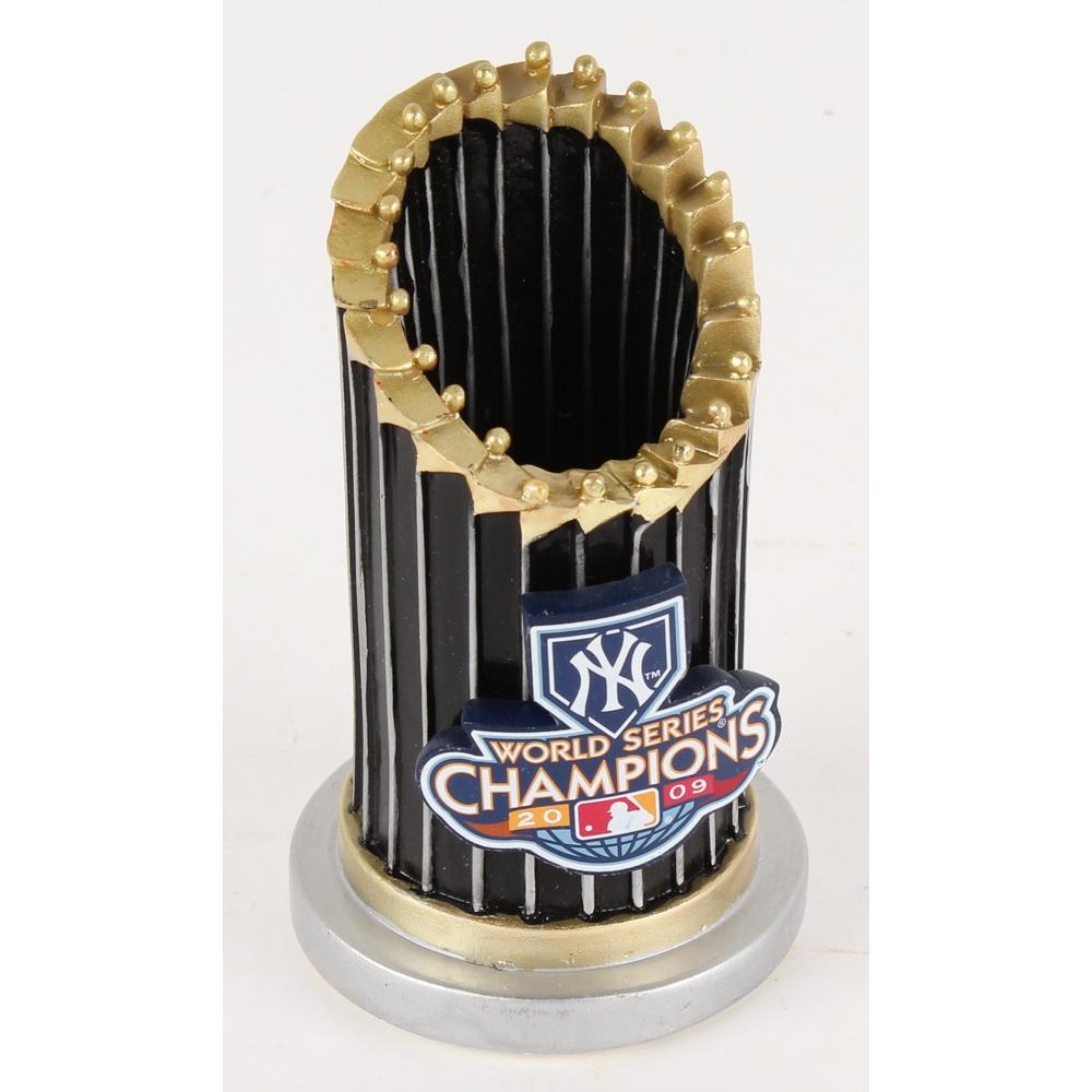 New York Yankees 2009 World Series Champions Relpica Trophy Pristine Auction