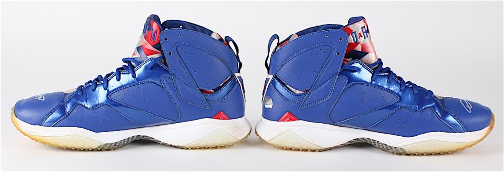 0bd7239f54a3b2 Dexter Fowler Signed Game-Used Pair of Cubs Jordan Baseball Turf Shoes  (LOJO COA