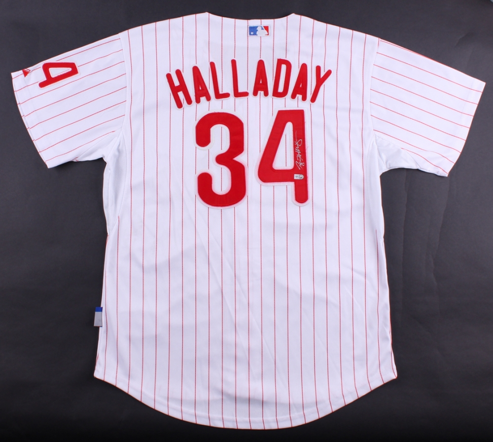 Roy Halladay Signed Phillies Jersey (MLB Hologram) 9d45180a636