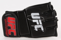Conor McGregor Signed Authentic UFC Glove (Beckett COA) at PristineAuction.com