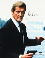 "Roger Moore Signed ""James Bond"" 11x14 Photo (PSA COA) at PristineAuction.com"