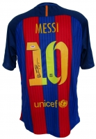 Lionel Messi Signed Nike Barcelona Jersey (PSA COA) at PristineAuction.com
