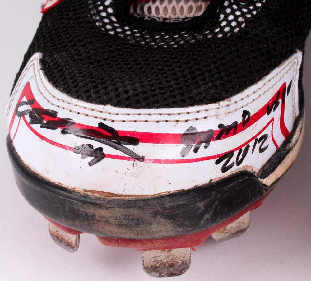 068ca3c2a Carlos Santana Signed Pair of (2) 2012 Game-Used Pair of H2R Cleats