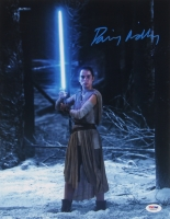 "Daisy Ridley Signed ""Star Wars: The Force Awakens"" 11x14 Photo (PSA COA)"