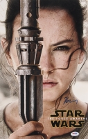 "Daisy Ridley Signed ""Star Wars: The Force Awakens"" 11x17 Photo (PSA COA)"