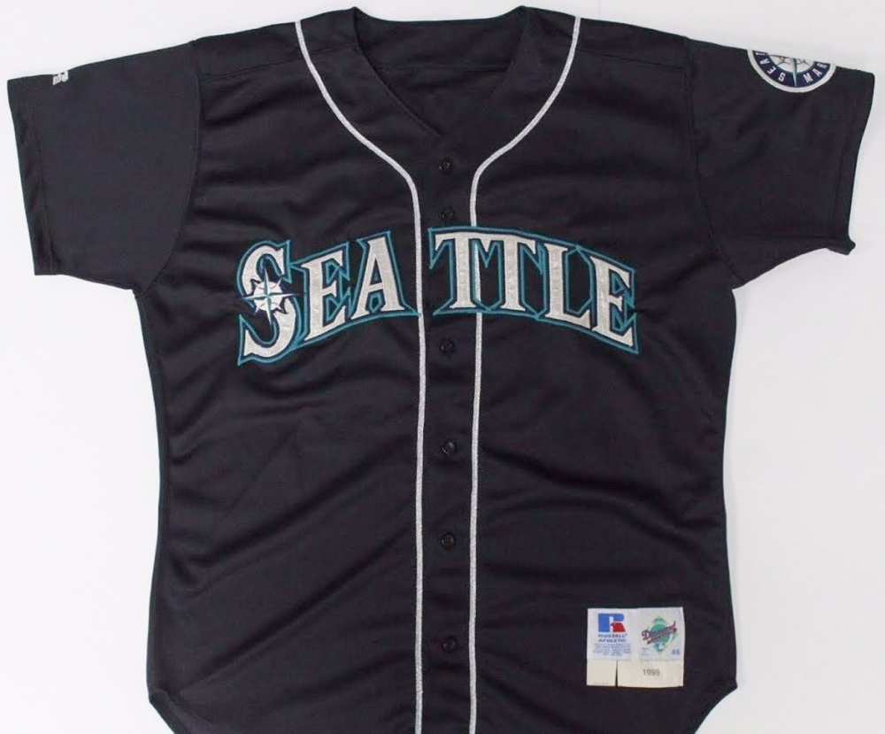 Ken Griffey Jr. Mariners 1999 Game-Used Away Jersey (Mears LOA) at 97a0294fad45