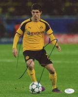 Christian Pulisic Signed Borussia Dortmund 8x10 Photo (JSA COA)