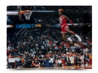 Michael Jordan Signed Chicago Bulls 30x40 Photo (UDA) at PristineAuction.com