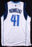 Dirk Nowitzki Signed Mavericks Jersey (Beckett COA)