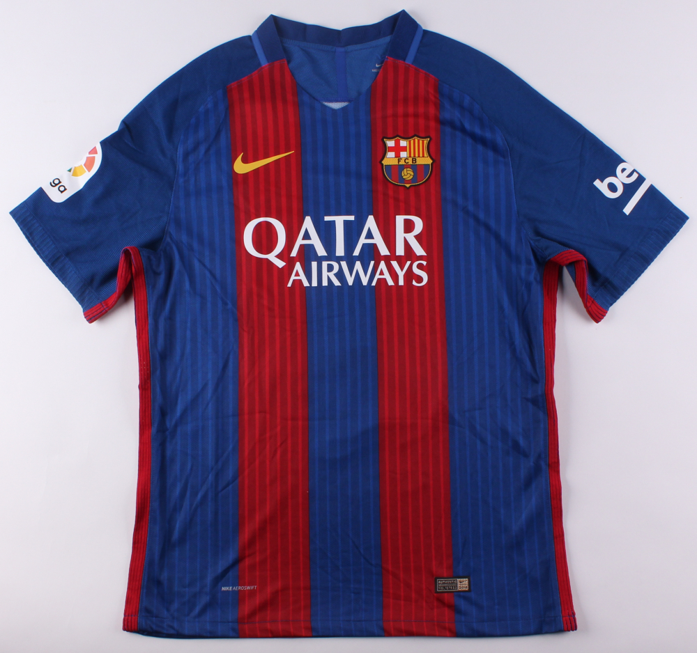 cheaper b9f62 dc677 Lionel Messi Signed Adidas Barcelona Jersey (PSA LOA) at PristineAuction.com