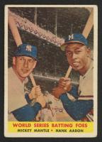 1958 Topps #418 World Series Batting Foes / Mickey Mantle / Hank Aaron