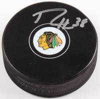 Ryan Hartman Signed Blackhawks Logo Hockey Puck (Beckett COA)