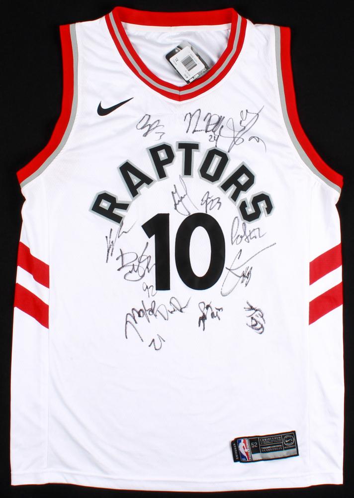 253dee79771 2017-18 Toronto Raptors DeMar DeRozan Jersey Team-Signed by (13) with