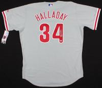 Roy Halladay Signed Phillies Majestic Jersey (Beckett COA)
