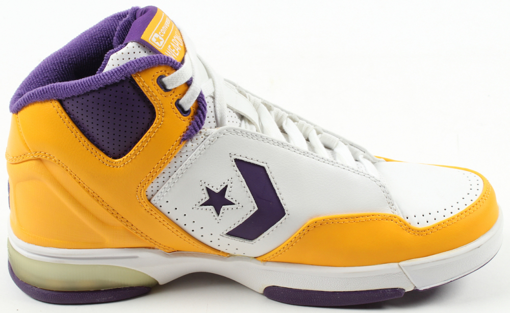 0d4b05d8e8f7 converse weapon lakers